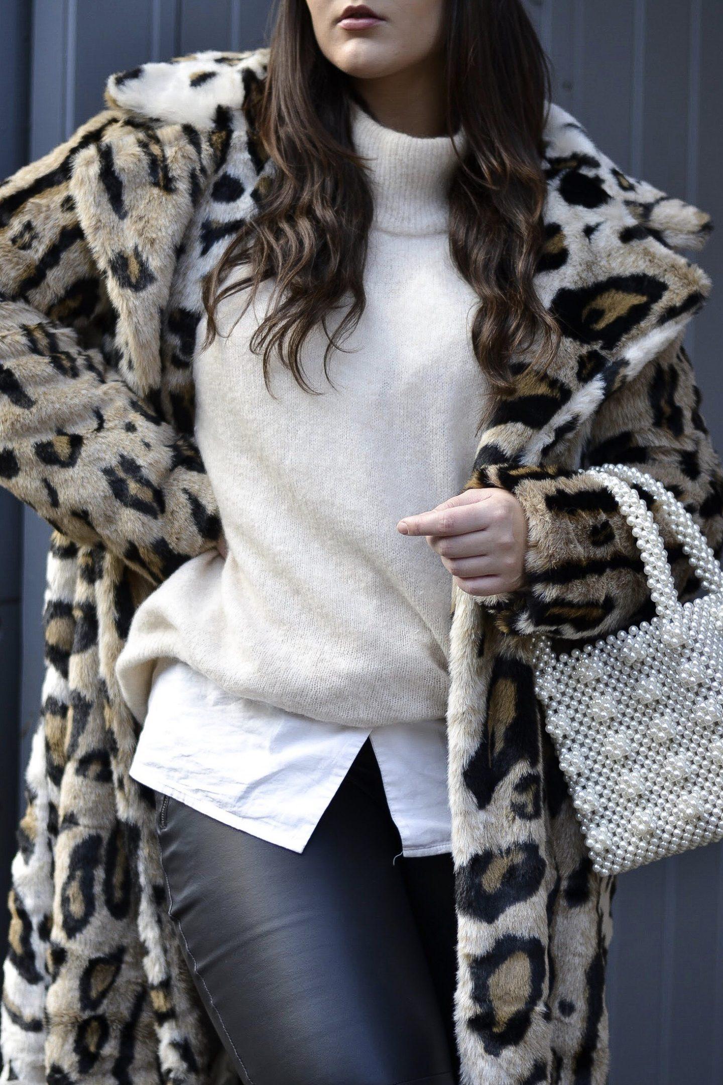 NA-KD leo leopard print fur coat Hannah McCreesh lifestyle blogger